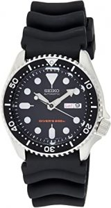 Seiko Men's SKX007K Automatic Movement Watch