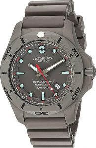Victorinox Swiss Army Men's pro Diver Watch